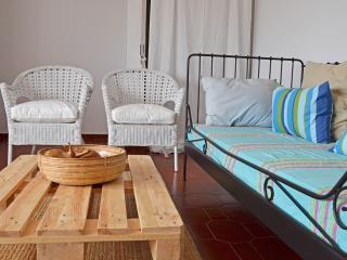 Sunny Beach Apartment - Wi-Fi, Costa da Caparica