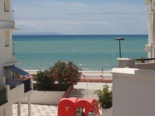 apartamento primera linea de playa setiembre, Barbate