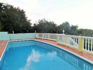 Almost Heaven - Ideal for Couples and Families, Beautiful Pool and Beach