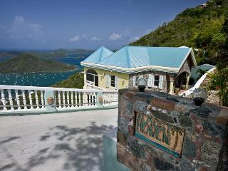 Almost Heaven - Ideal for Couples and Families, Beautiful Pool and Beach, Coral Bay