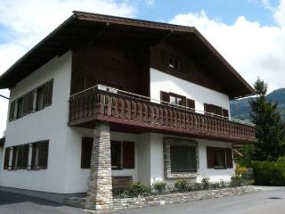 Large 8 bedroom alpine lodge - stunning views, Zell am See