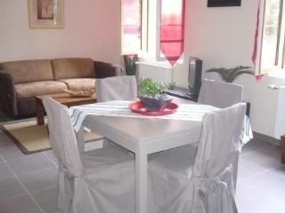 DISNEYLAND PARIS, QUIET APARTMENT 668 ft2 (62m2)