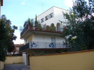 centrale ,calmo,parcheggio,giardino,wifi,niceprice, Florencia
