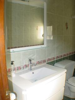 Main Bathroom with Large Sink with Drawers