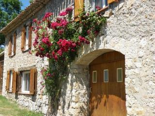 La Chapelle | Amazing views | Pretty village | Private garden