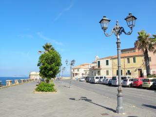 Casa Avineira-Il mare al centro di Alghero-