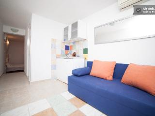 Sweet little apartment with beautiful balcony, Dubrovnik