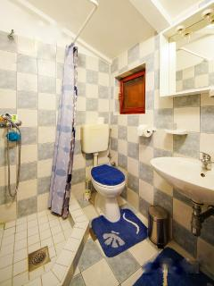 bathroom in one of room