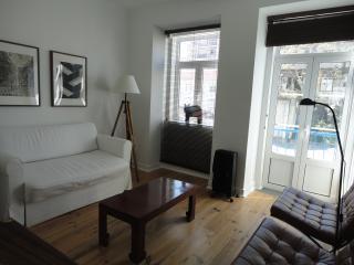 Quiet 2 bedrooms apartment with tage view, Lisboa