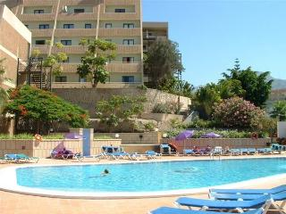 2 Bedroom apartment, just 300 metres to the beach, Playa de las Américas