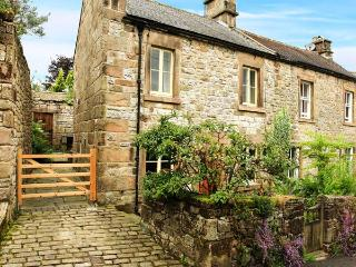 PUMP COTTAGE, pretty cottage, close to amenities, woodburning stove, garden, in