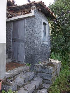 bathroom (external view)