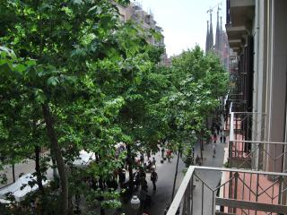 Gaudí - Sagrada Familia Apartment