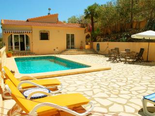 Comfortable villa with private pool and great view, Pedreguer