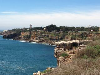 Superb Position in Cascais, new offer