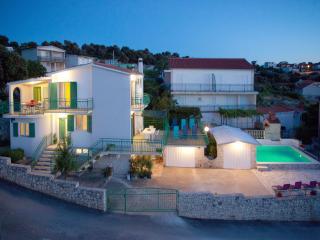 Villa Ljubo Razanj with private pool