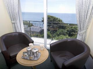 Appt.4 Ventnor Holiday Villas
