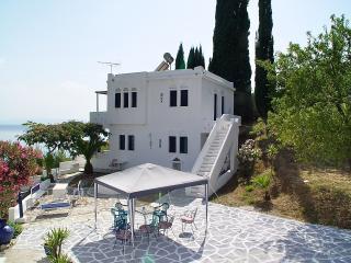 Ktima Ravanou-Apartment 2 Villa Ourania, Neo Klima