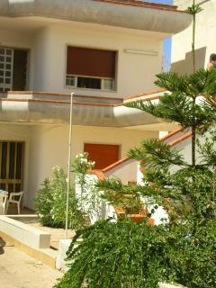 appartamento al piano terra 50 metri dal mare