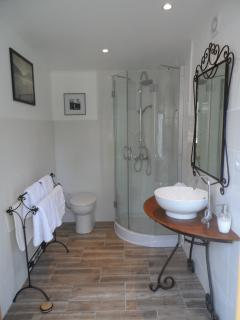 En-Suite Shower Room (Wooden Building)