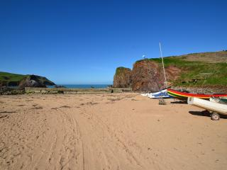 The Knot, Hope Cove