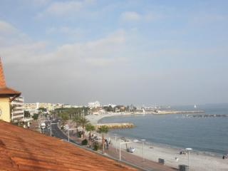 Appartement Cros De Cagnes face a la mer