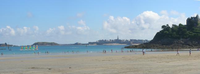 Saint Malo vue de la plage