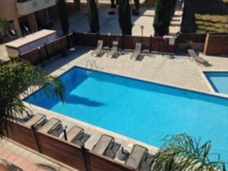 Morpheus 1 bedroom Apt sleeps 4, KIti Larnaca with Free WiFi & Air Conditioning