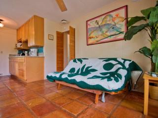Hawaii Sheffield House  Suite open: 1/17-19, 2/10-12, 2/20-4/23, 4/30 on, Kailua