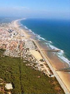 Costa de Caparica beaches