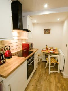 Fully fitted kitchen diner.