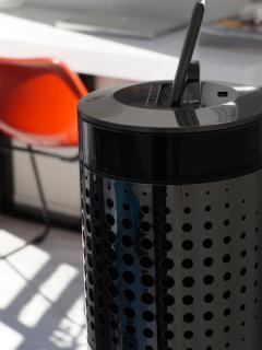 Le studio est équipé d'une enceinte colonne haut de gamme avec base IPOD et connection bluetoot