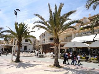 1744704 – El Campello Beachfront
