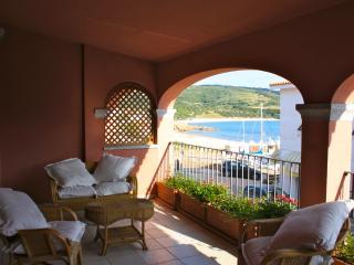77 BORGO  Isola Rossa