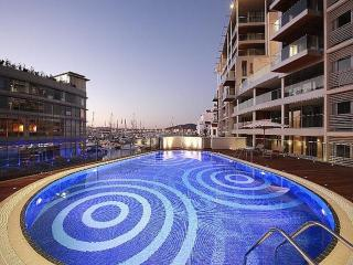 Superb Apartment + Pool at Cirrus in Ocean Village, Gibraltar