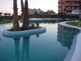 Apartamento 1ª línea de playa en Roquetas de Mar