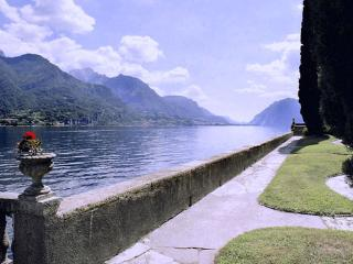 An elegant historical villa located on the shores on Lake Como