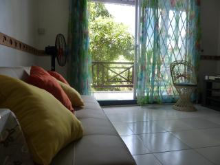 Cosy Apartment Grand Bay. Tourist Licence 11448