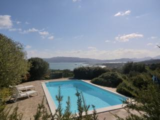 Sardinia holiday villa rental with swimming pool, Cannigione