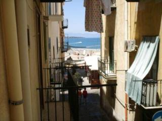 apartment  b&b sea view 25 m from sea and beach