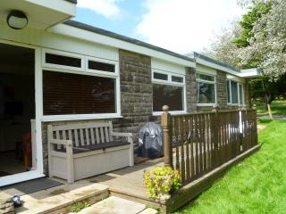 Sandown Bay Holiday Park - Chalet 105