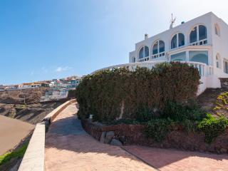 Villa Playa del Hombre, Telde