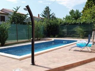 Private accommodation - holiday house Strmac 8141 Holiday house