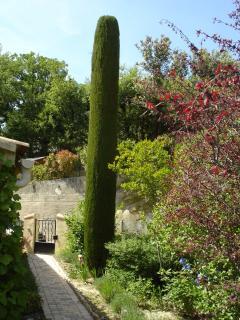 your private garden-entrance