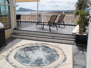 Altea Hills maison 8 pers vue mer spa piscine wifi