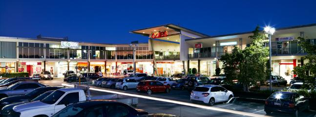 You will find everything you are looking for at Reading Newmarket Shopping within walking distance.