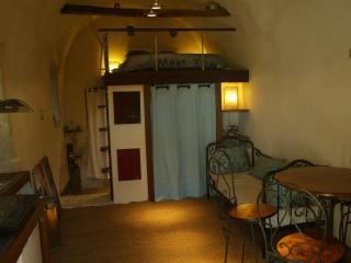 Charmant studio cosy à Casta avec terrasse