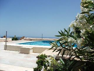 Holiday apartments, garden and pool, Taormina