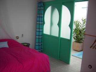 Habitacion Mar con baño en el Casco Histórico, Tarifa