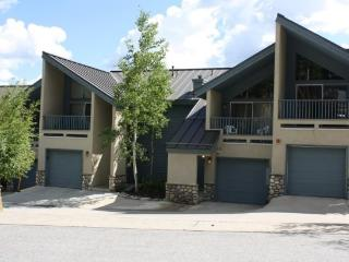 Location Can`t Be Beat on this 3-Bedroom Plus Loft Townhome! Short Walk to 3 Lifts and Downtown Breck!, Breckenridge